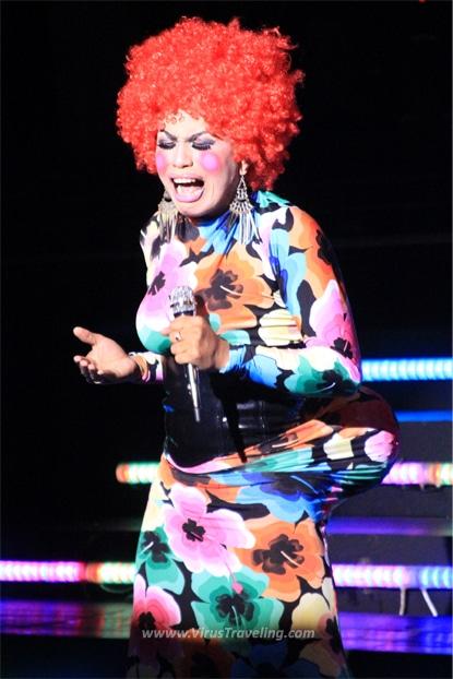 Titi DJ di Cabaret Show Oyot Gondhong Jogja