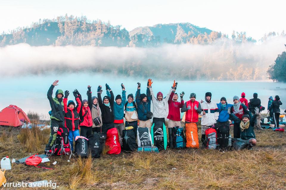 Para Pendaki Gunung Semeru