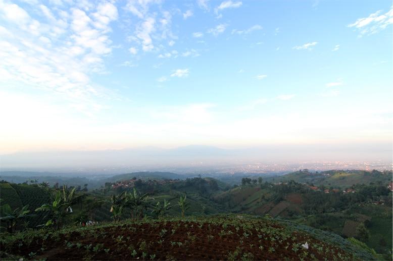 Pemandangan indah Bukit Moko Bandung