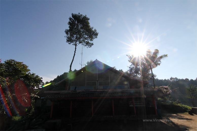 Warung Daweung Bukit moko Bandung