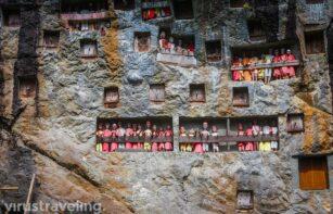 Kuburan Lemo Tana Toraja