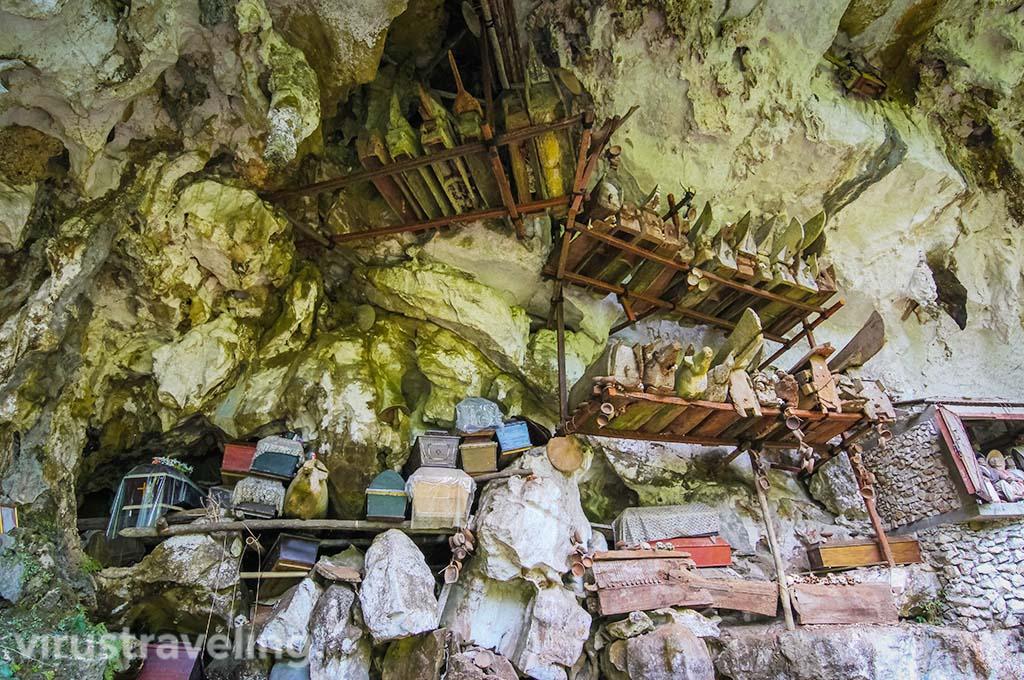 Peti Kubur di Londa Toraja