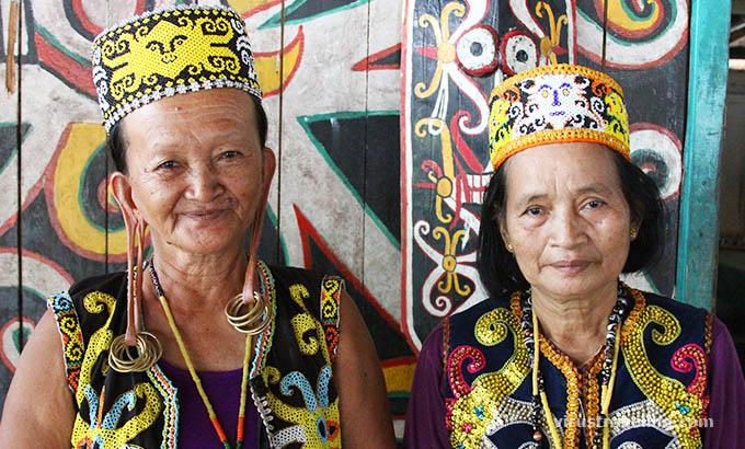 Kampung Dayak Kenyah di Desa Budaya Pampang