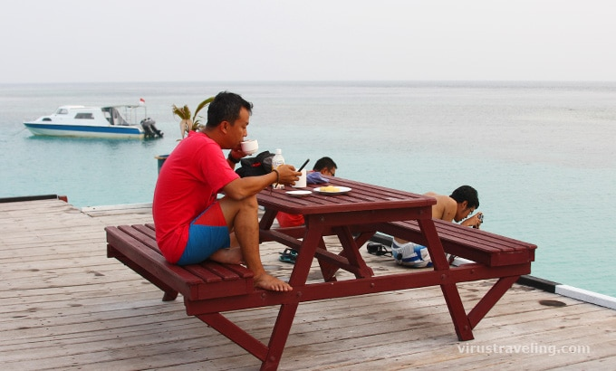Santai di Maratura Paradise Resort