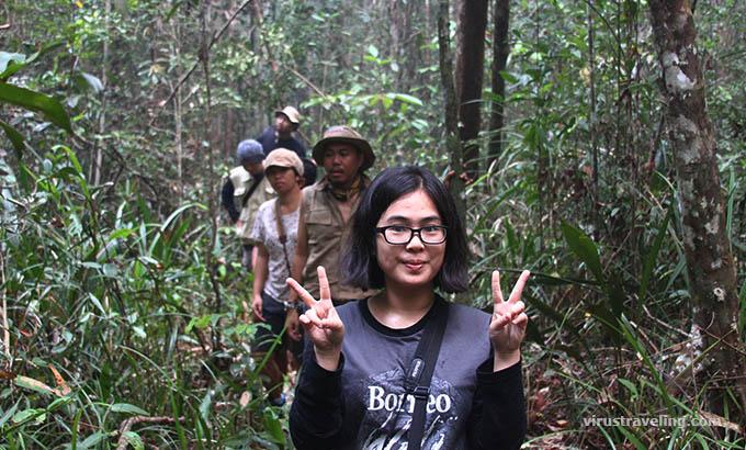 trekking-hutan-kalimantan