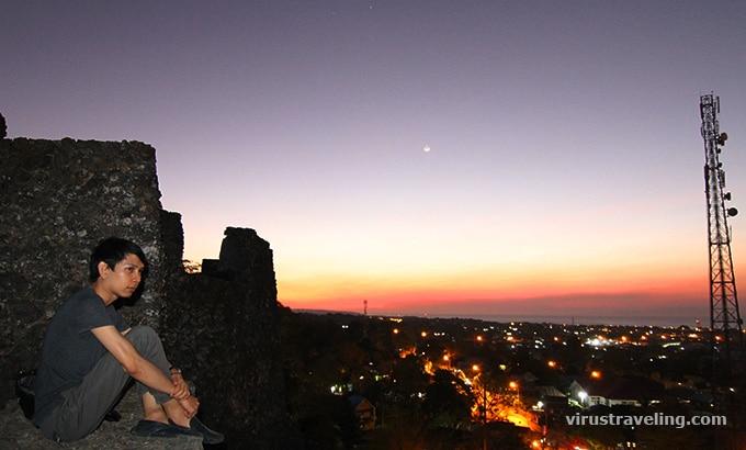 Sunset dari atas Benteng Keraton Buton