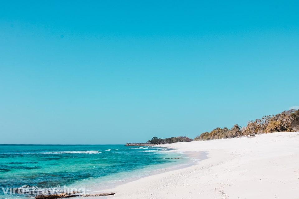 Pantai Oinian Pulau Semau Kupang