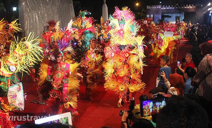 Pawai Semarang Night Carnival 2016