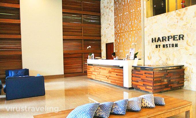 Harper Hotel Kuta Lobby