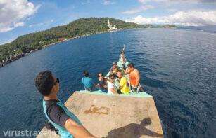 Menuju Tempat Wisata Bitung Monumen Trikora