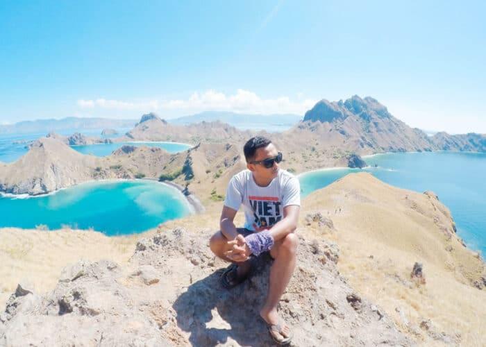 Pulau Padar tempat wisata populer di Indonesia