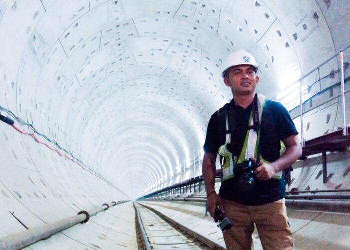 Virustraveling.com at MRT Jakarta
