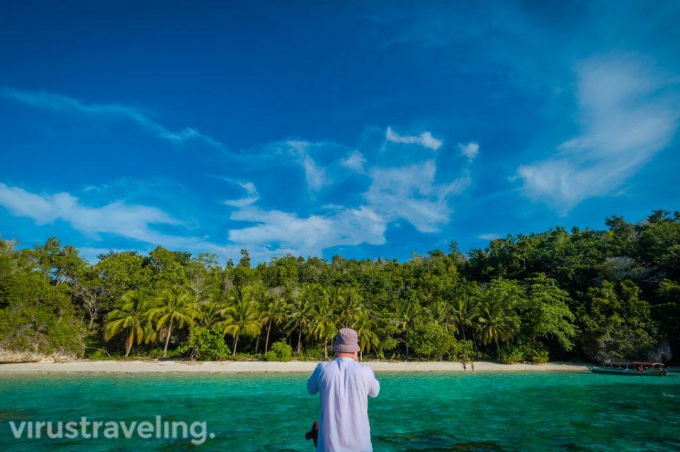 Pantai Karina di Pulau Togean