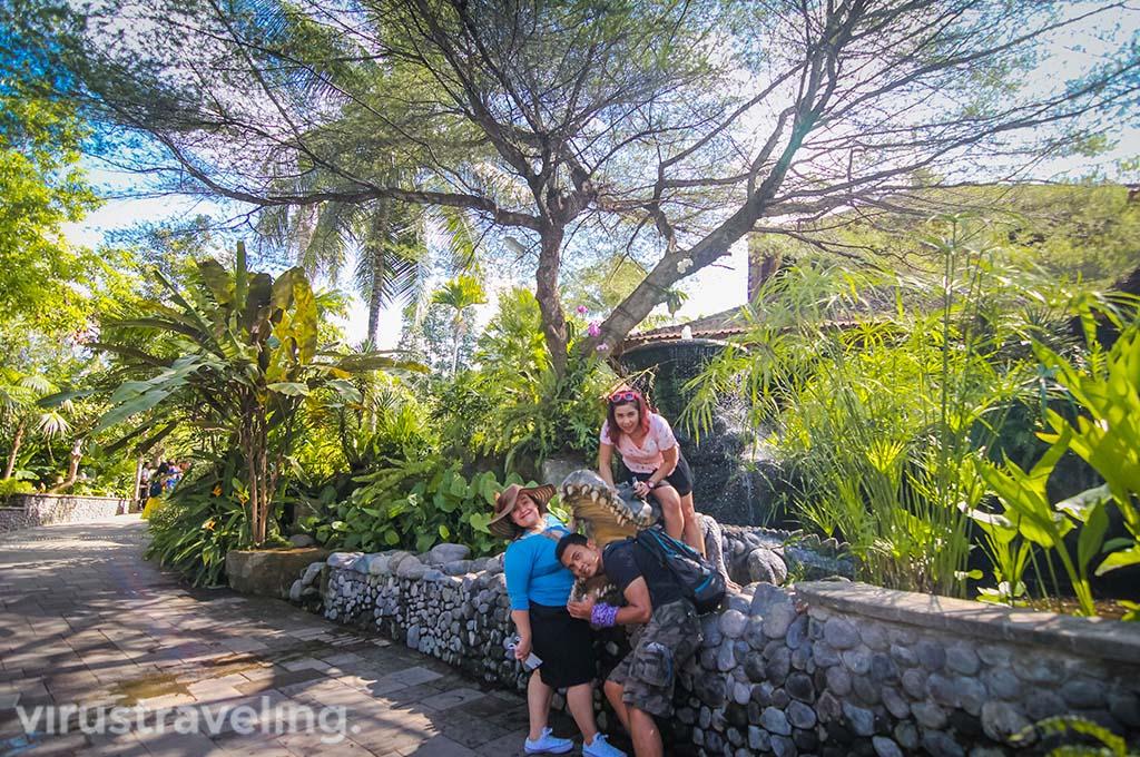 Bali Zoo Park Gianyar virustraveling