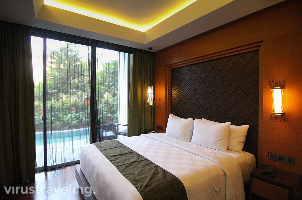 Golden Tulip Jineng Suite Bedroom