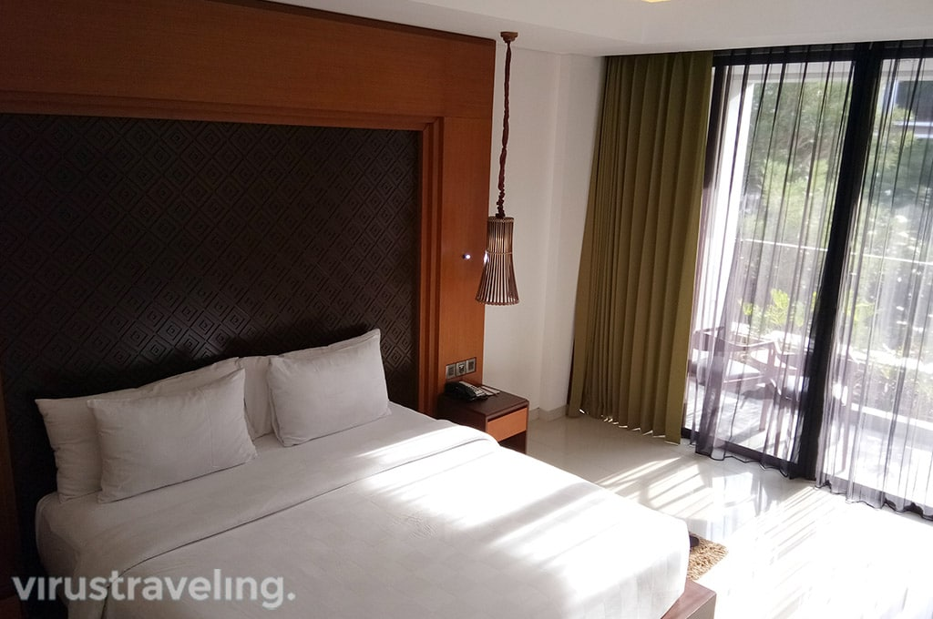 Golden Tulip Jineng Deluxe Room