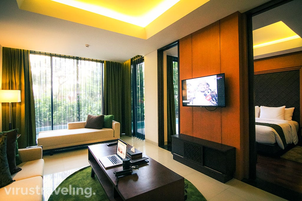 Golden Tulip Jineng Suite Room