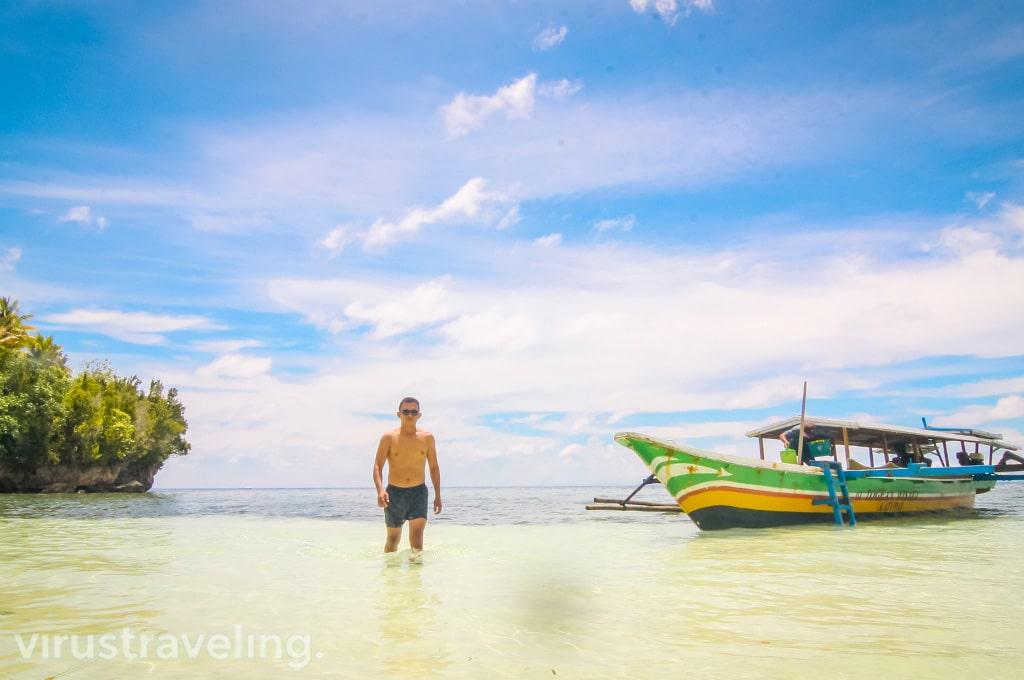Pantai Malenge Pulau Togean