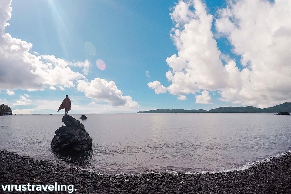 Pantai Batu Angus Bitung