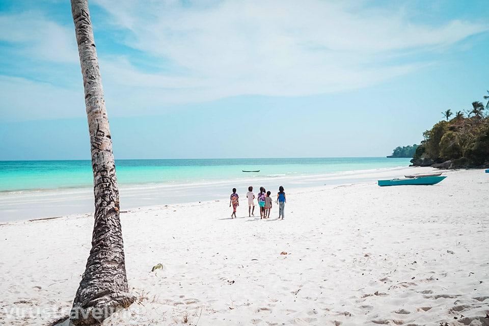 Pantai Madwaer Pulau Kei