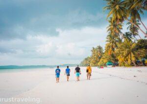 Pantai Ngurbloat Kepulauan Kei