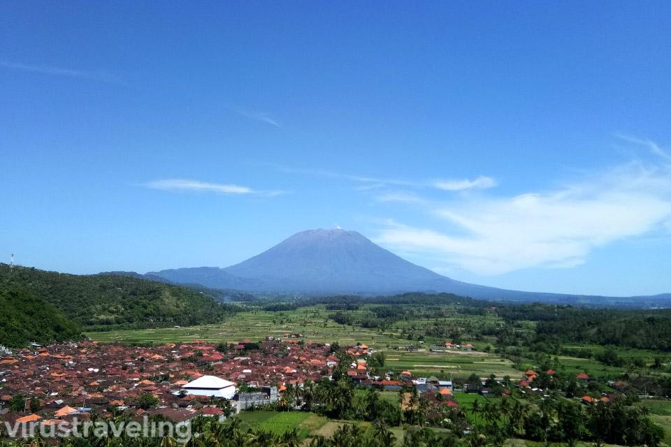 Gunung Agung dari Desa Bugbug Bukit Asah