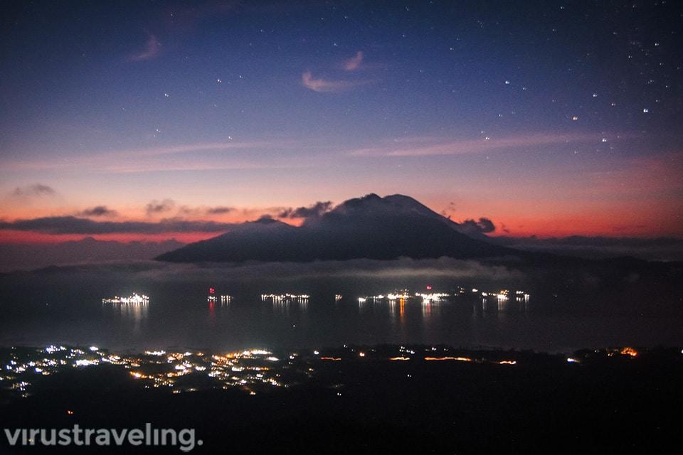 Menunggu Sunrise Gunung Batur