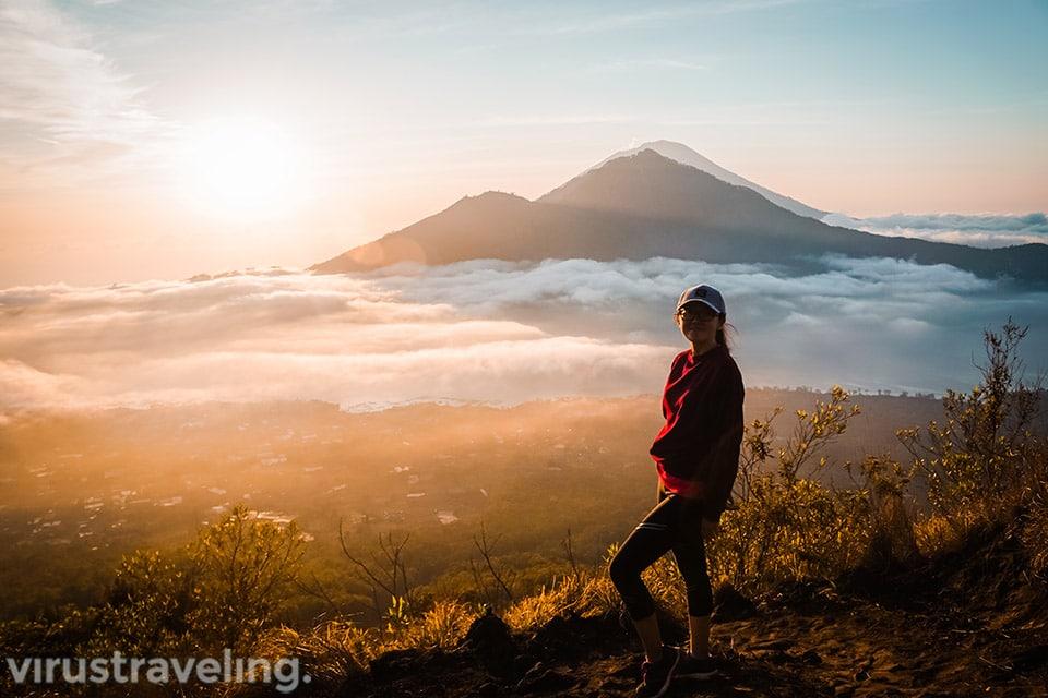 Pemandangan Sunrise dari Puncak Gunung Batur