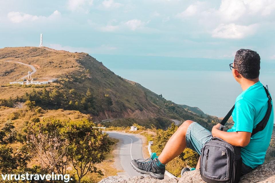 Melihat Danau Toba dari ketinggian
