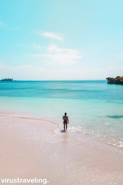 liburan ke pantai pink lombok