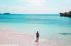 pantai tangsi pantai pink di lombok by virustraveling