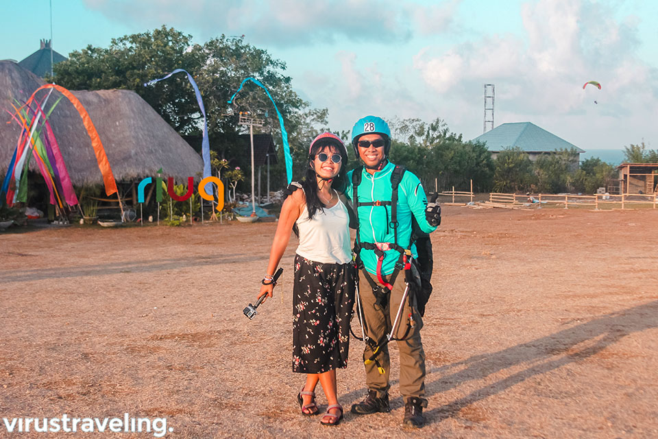 satya winnie dan om yudha pilot riug paragliding bali