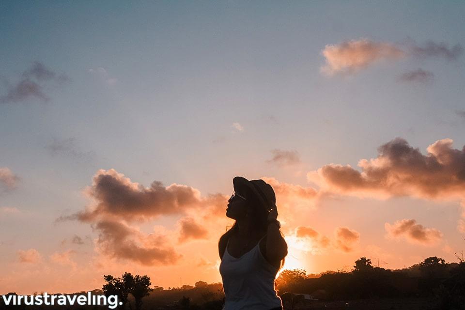 sunset di riug paragliding