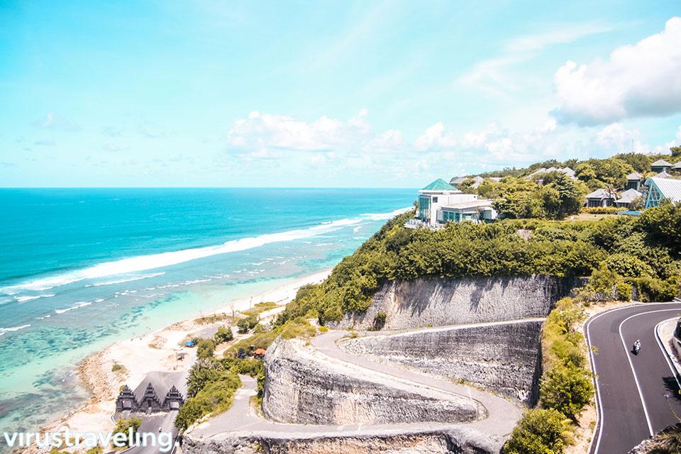 Pantai Melasti Bali dari ketinggian