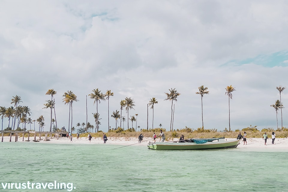 Tiba di Pulau Ular Bau Bau