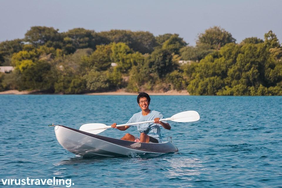 Fahmi Catperku lagi beraktivitas Canoeing di Plataran Menjangan