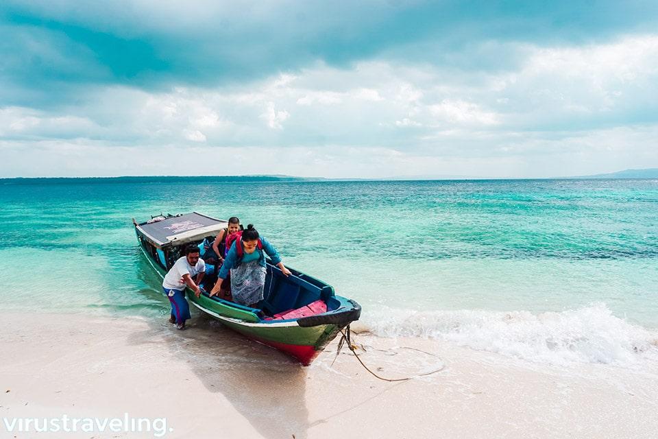 Tiba di Pulau Liwutongkidi Bau bau