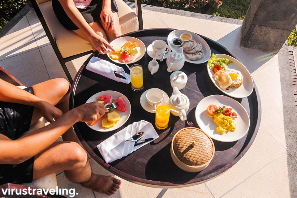 Healthy breakfast at The Sanctoo Villa