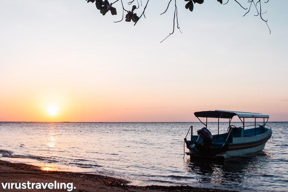 Sunrise di Pantai Bama Taman Nasional Baluran