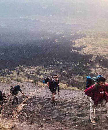Jalur pendakian pasir via Culali Batur