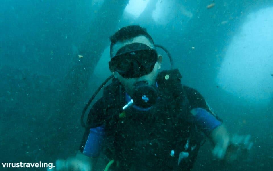 Arus kuat di USS Liberty Shipwreck