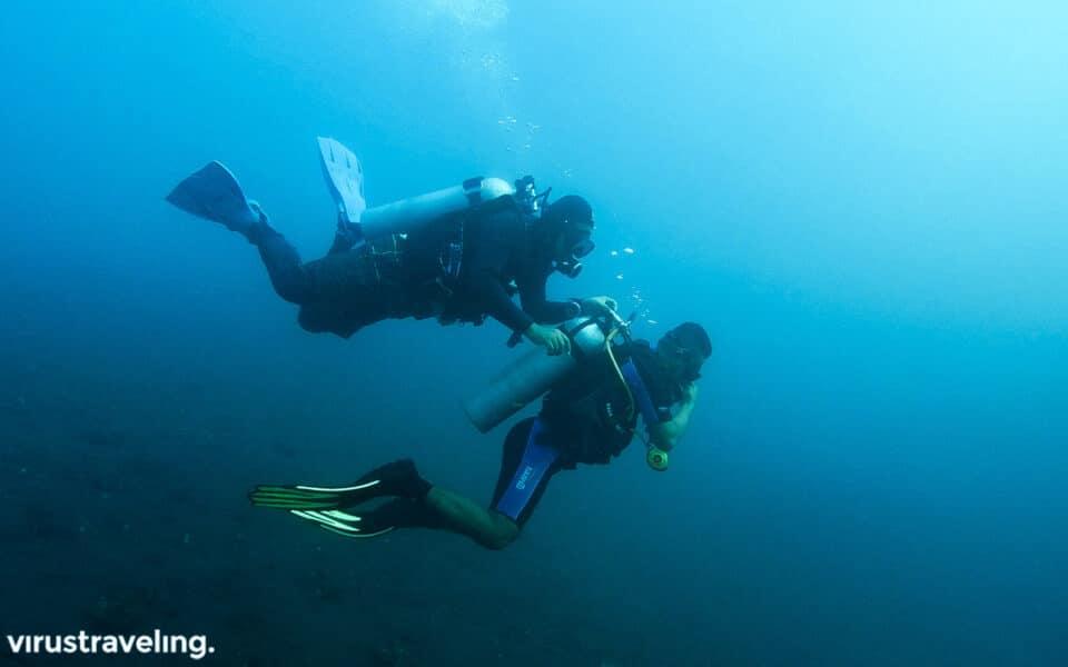 Mencoba Scuba Diving